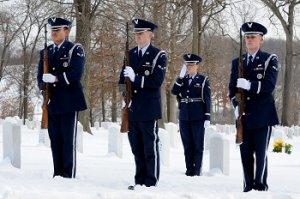 zimní oblečení na pohřeb