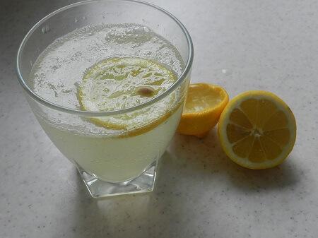 citron a čištění mikrovlnky